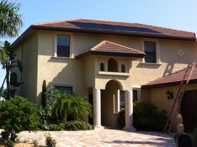 Two Story 300x223 Solar Pool Heating Panels on Two Story Home