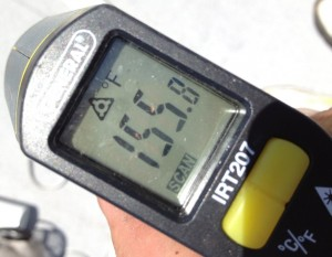Roof Thermometer 300x233 Solar Energy Installers Sweat Out the Summer